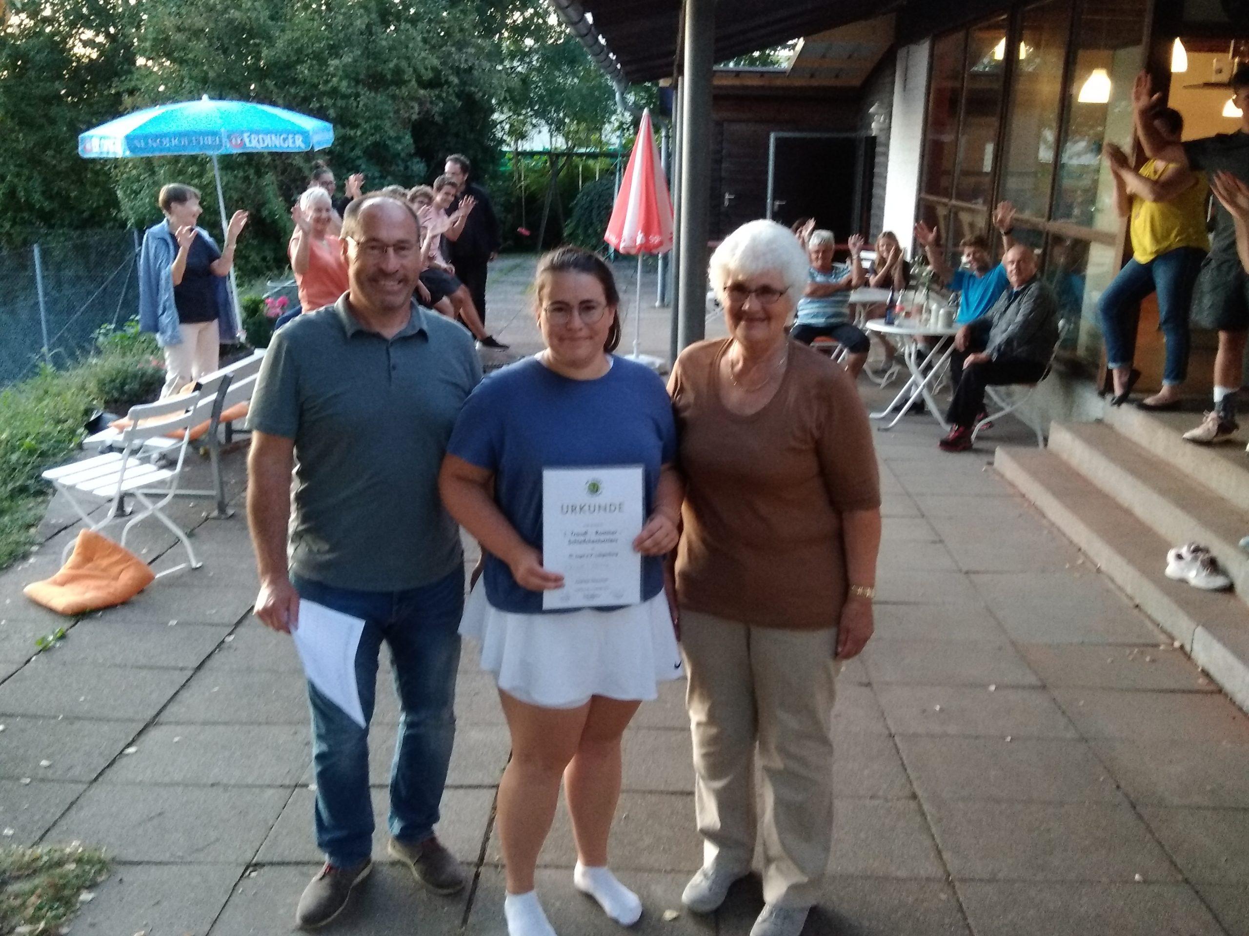 Celine Botta Siegerin Traudel-Rommer-Schleifchenturnier 2019