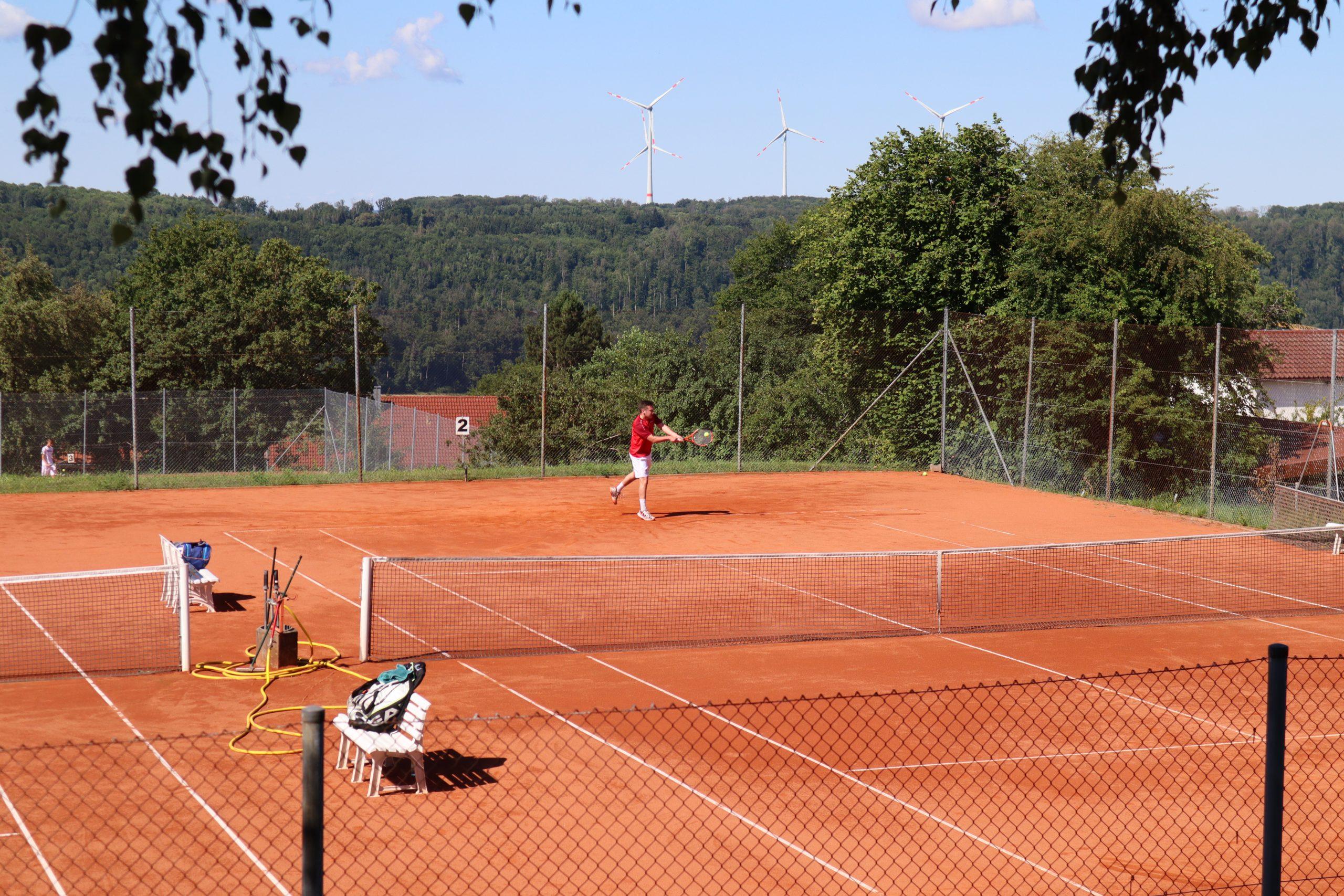 Tennisplatz Spieler 2